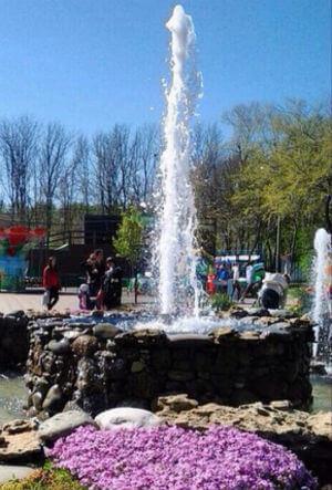 Открытие фонтанов в парке им. 30-летия Победы